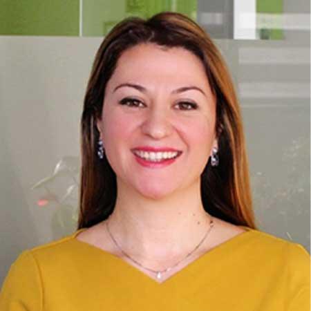 Dr. -Ing. Julia Hoxha
