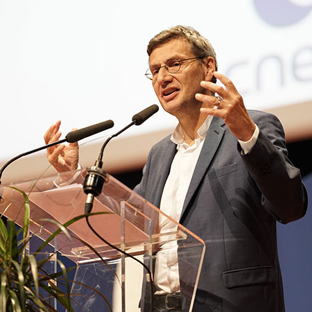 Dr. Gilles Rabin